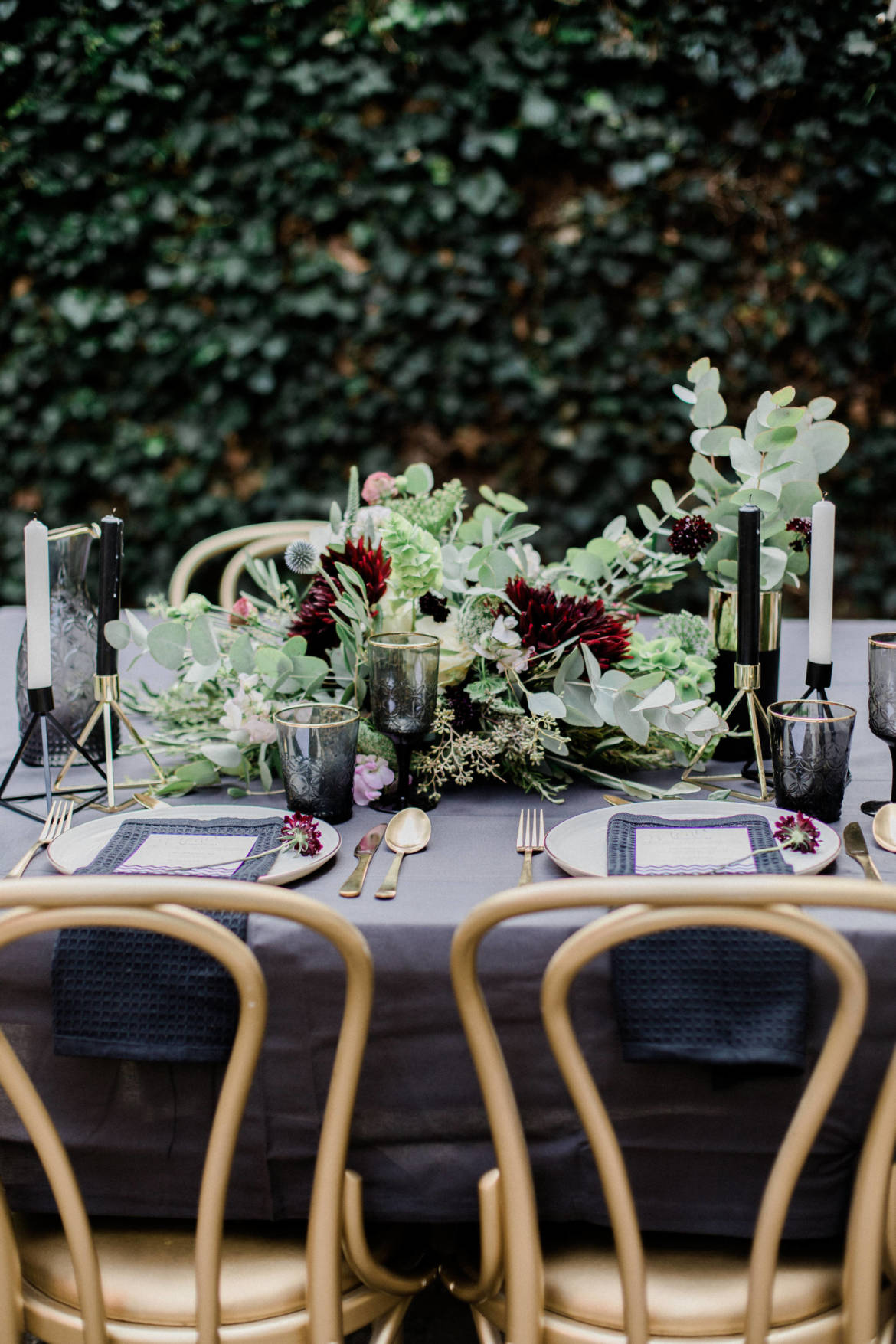 Styled Shoot Black and Gold